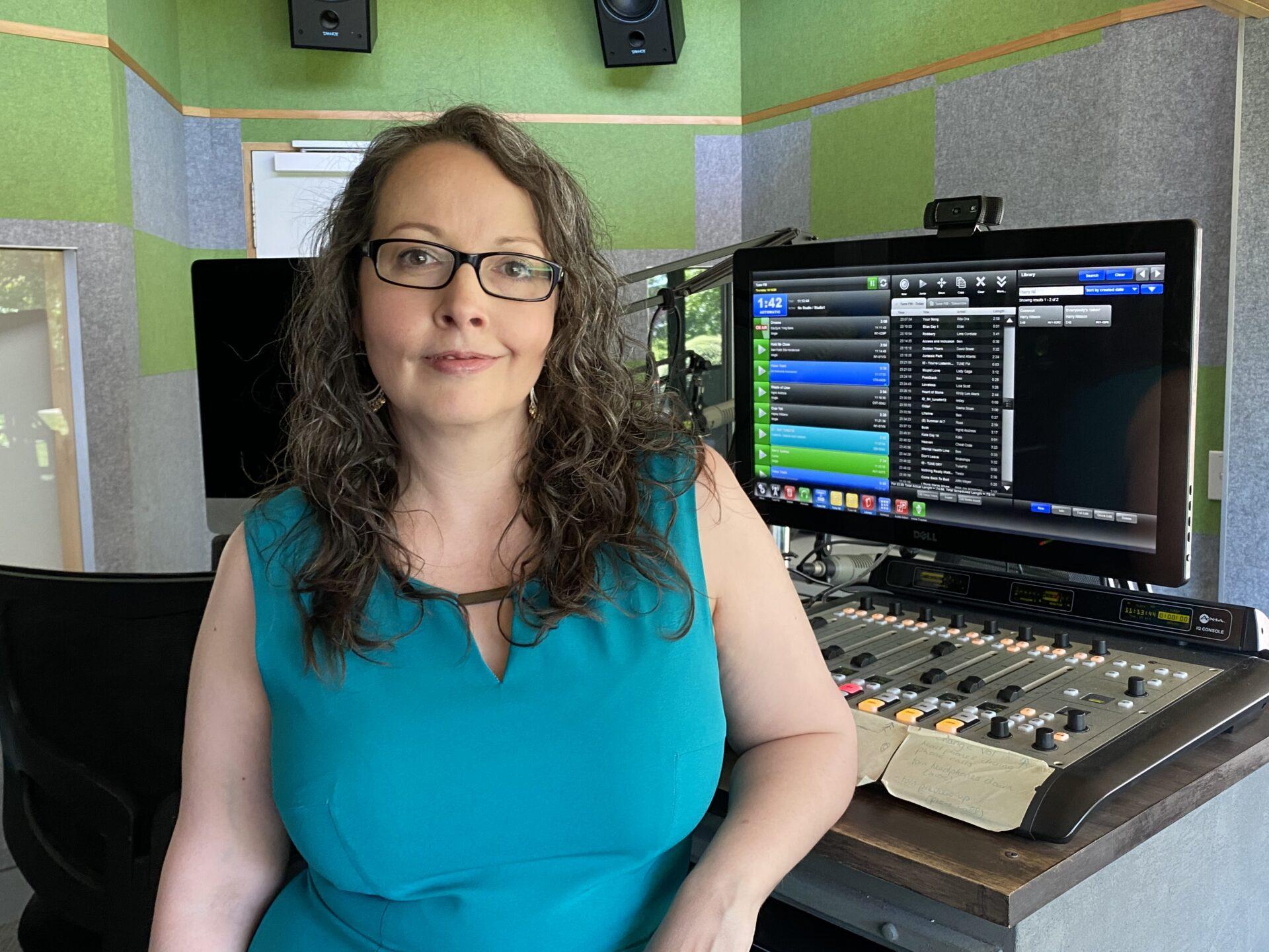 Tania Court, Tune!FM UNE Life, student driven radio station